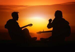 live guitar lessons with a friend is always better