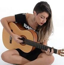 4 habits of a successful guitarist